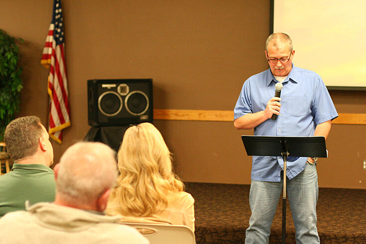 Brent Watts talks to UGM recovery participants