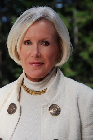 Linda Cook-profile