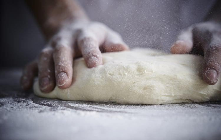 kneadingbread